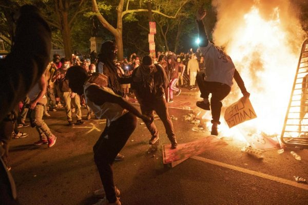 Black Lives Matter: Protests and Riots in US against Racism